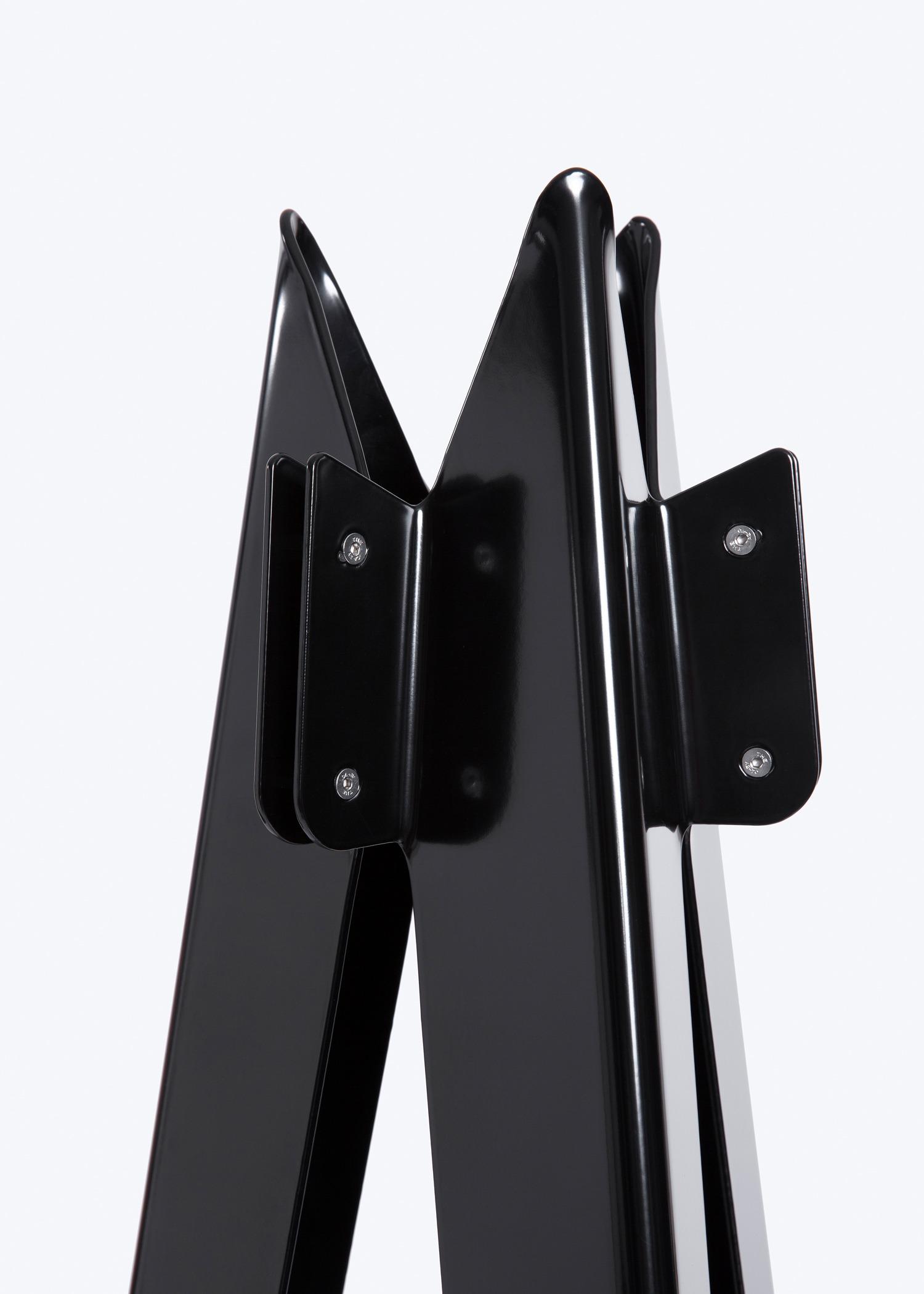 Bas Vellekoop – Tripod – (2) 1500px